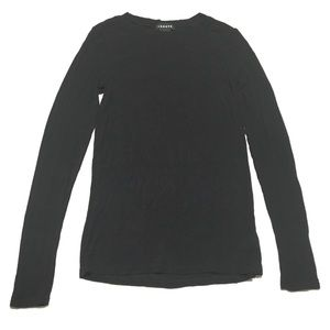 Trouvé • Long sleeve top